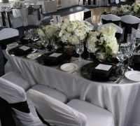 yacht charter for your wedding anniversary