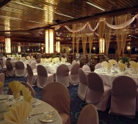 Dinner tables for a wedding